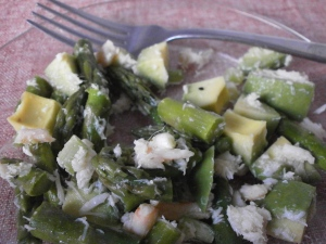 Crab Asparagus Salad with Avocado