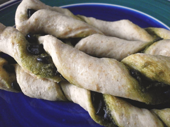 pesto olive twists