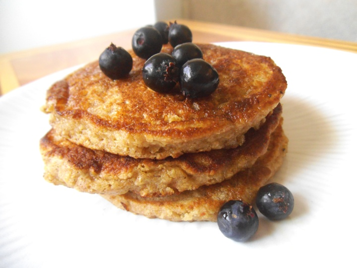 honey-oat-pancakes