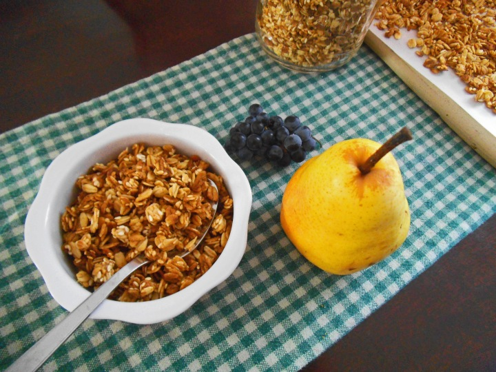 Ginger Pear Granola