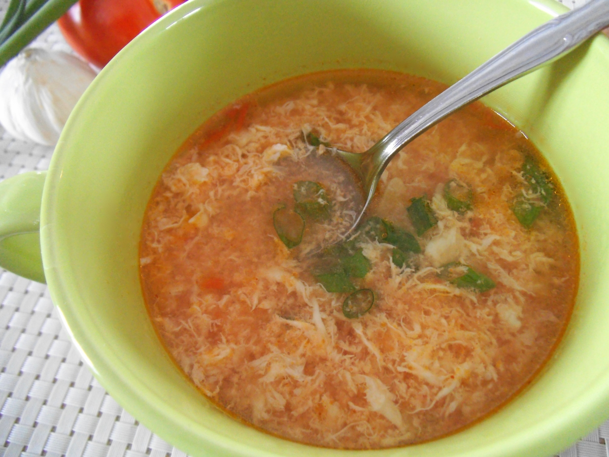Mexican Egg Drop Soup {Sopa de Huevo y Ajo}