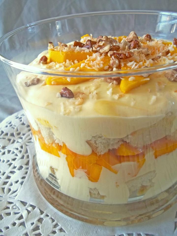 mango-trifle-close