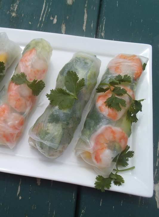 Summer Rolls with Shrimp and Chicken