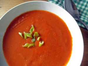 10-Minute Tomato Bean Soup