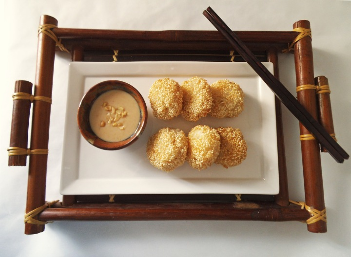 Sesame Sticky Rice Cakes with Banana
