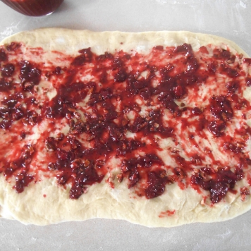 Step2: Spread with cranberry sauce.