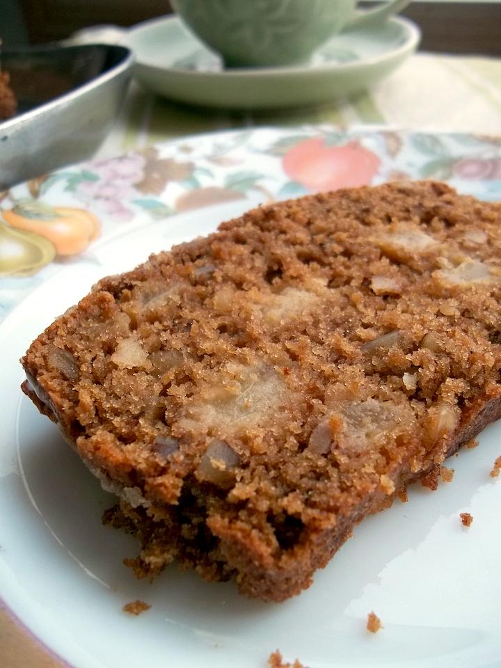 Very Vanilla Pear Bread {Gluten Free Option} | Swirls and Spice