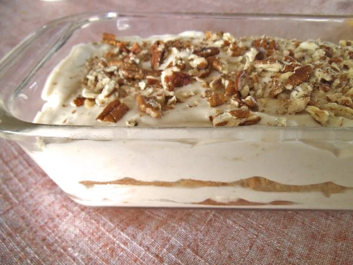 Banana Pudding Icebox Cake | Swirls and Spice