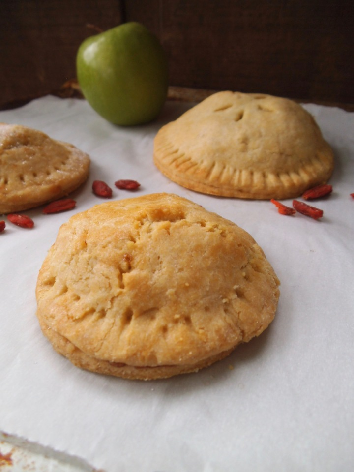 Goji Apple Pie Cookies {GF} | Swirls and Spice