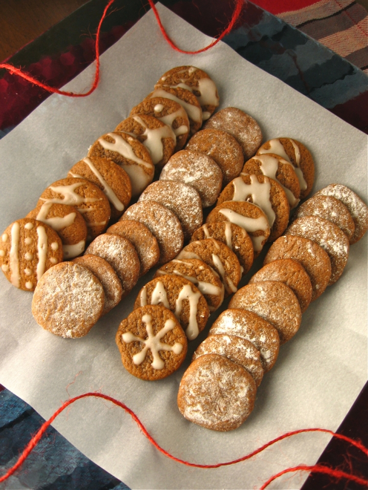 Swedish Pepparkakor Cookies | Swirls and Spice