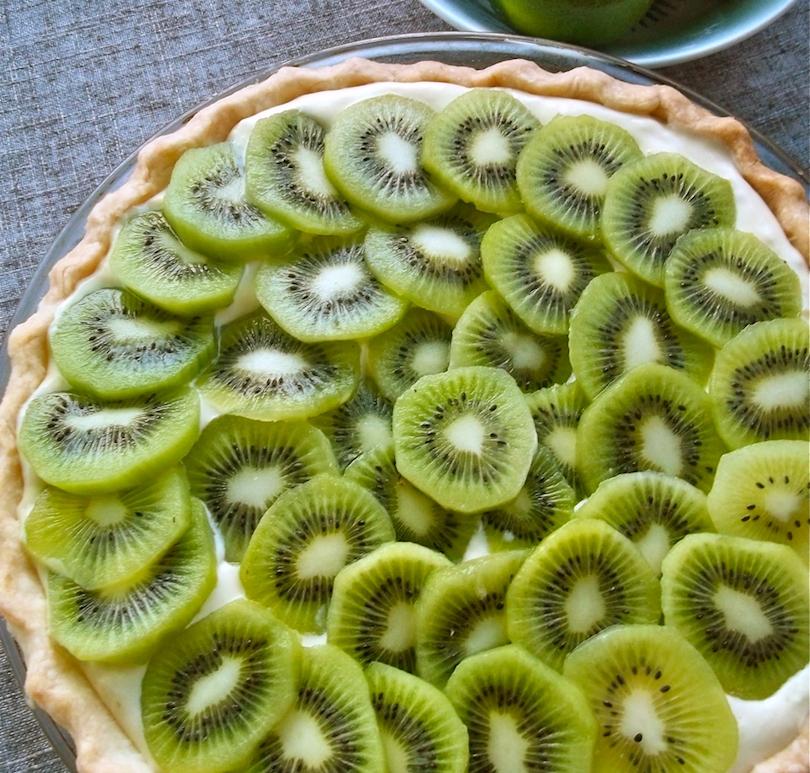 Kiwi Lime Pie | Swirls and Spice