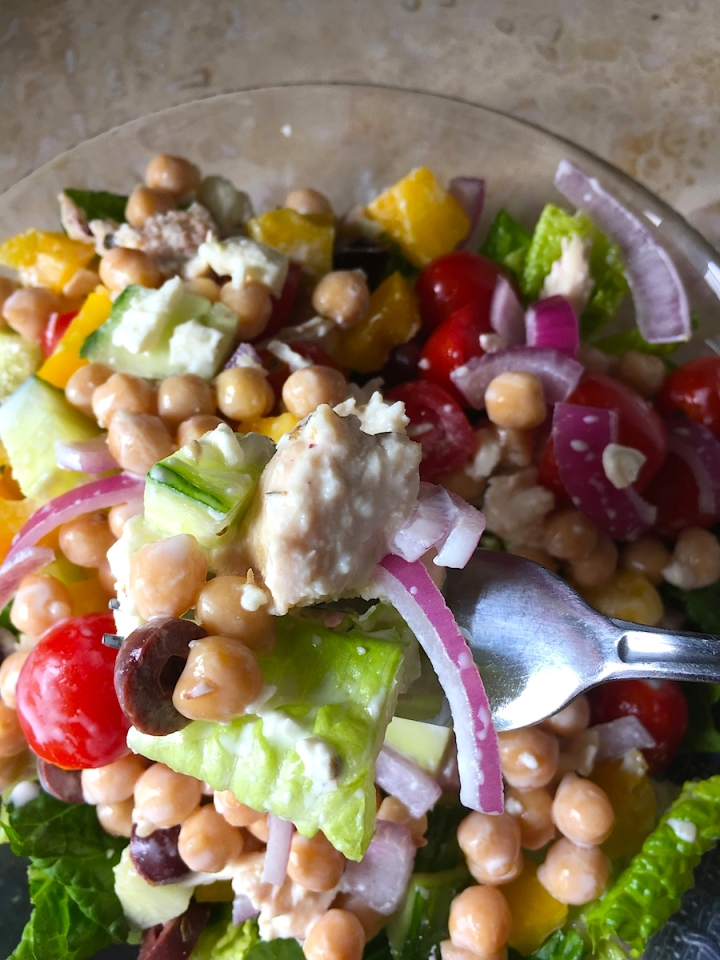 Jane's Mason Jar Greek Salad | Swirls and Spice | #grainfree