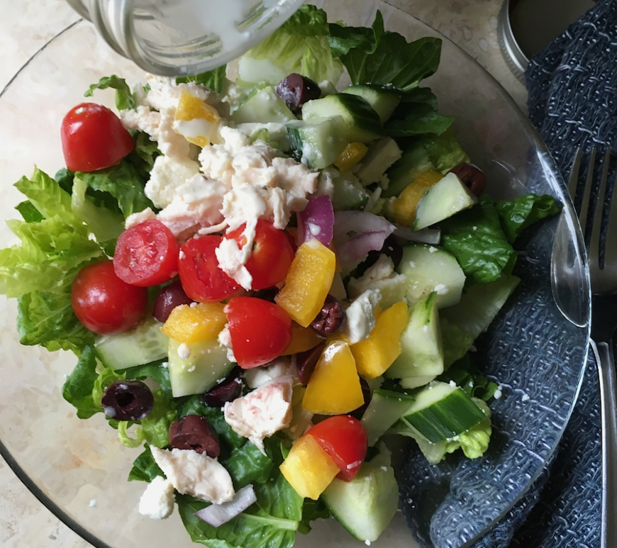 Mason Jar Greek Salad | Swirls and Spice | #grainfree