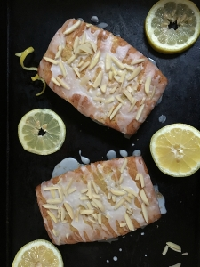 Lemon Zucchini Bread with Almonds {Gluten Free} | by Swirls and Spice