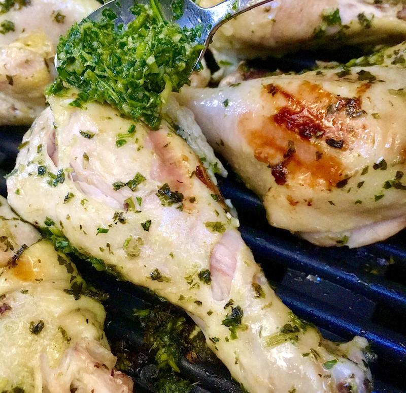 Chimichurri Chicken Drumsticks | Swirls and Spice #whole30 #paleo